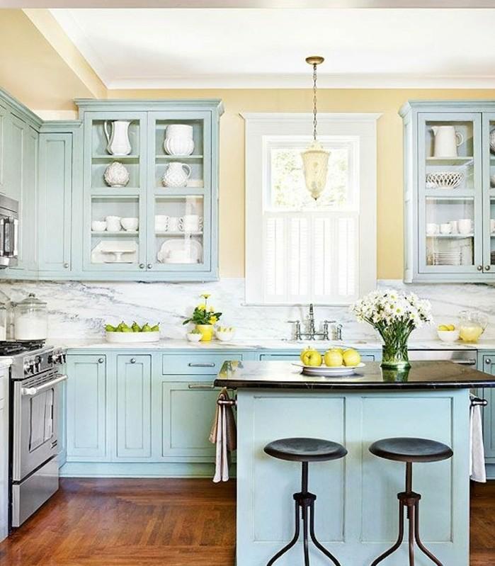 couleur peinture cuisine jaune, peinture meuble cuisine bleue, cuisine
