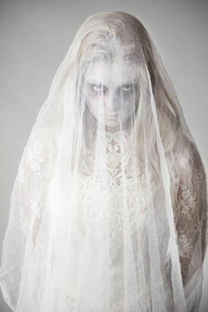 an idea-a-little-more-original-for-disguise-in-ghost-young-bride-ghost-which-frightens-idea-disguise-halloween-easy