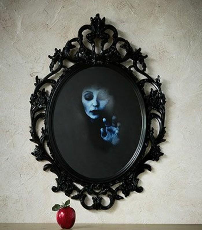 bricolage-halloween-tres-original-miroir-hante-idee-deco-halloween-formidable-terrifiante