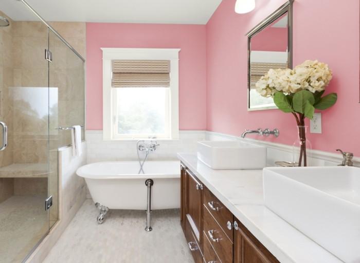 superbe-idée-salle-de-bain-rose-baignoire-à-poser-et-double-vasque-à-poser-style-glamour-raffiné