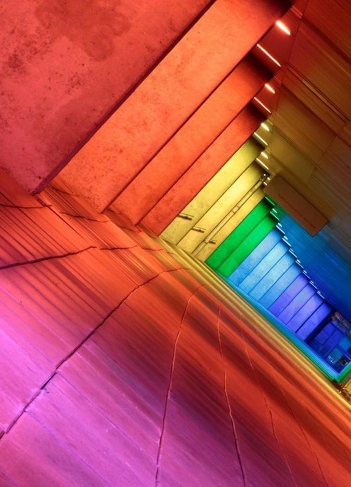 65-eclairage couloir. Plusieurs couleurs.