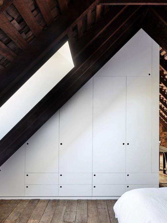 73-dressing-couloir-le-mur-est-blanc-resized