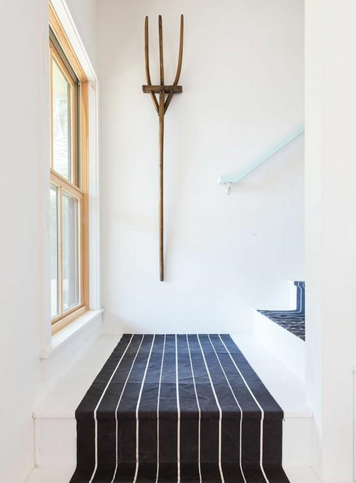 74-tapis-couloir-couleur-bleu-fonce