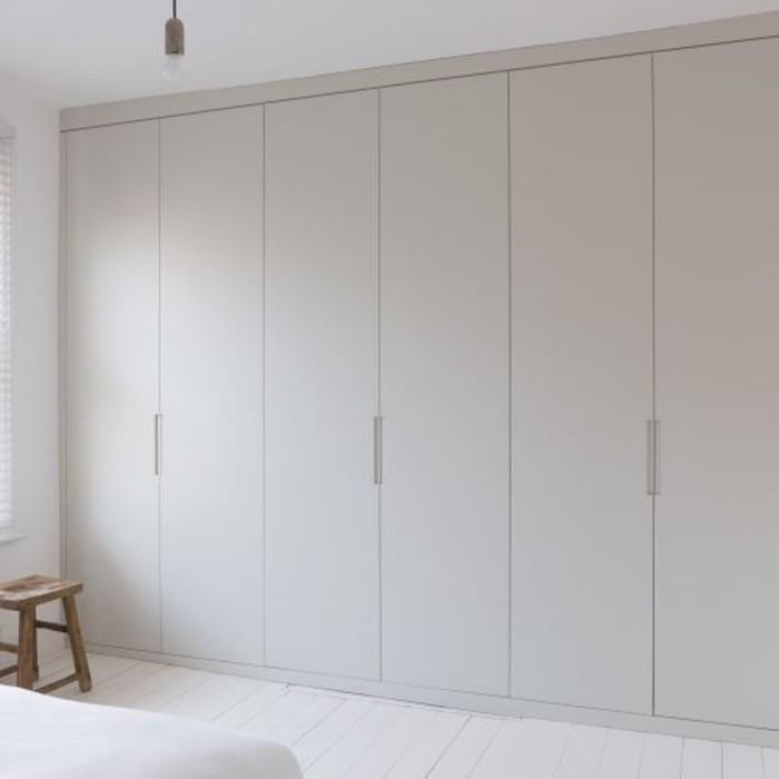 76-dressing-couloir-la-couleur-est-le-gris-clair-resized
