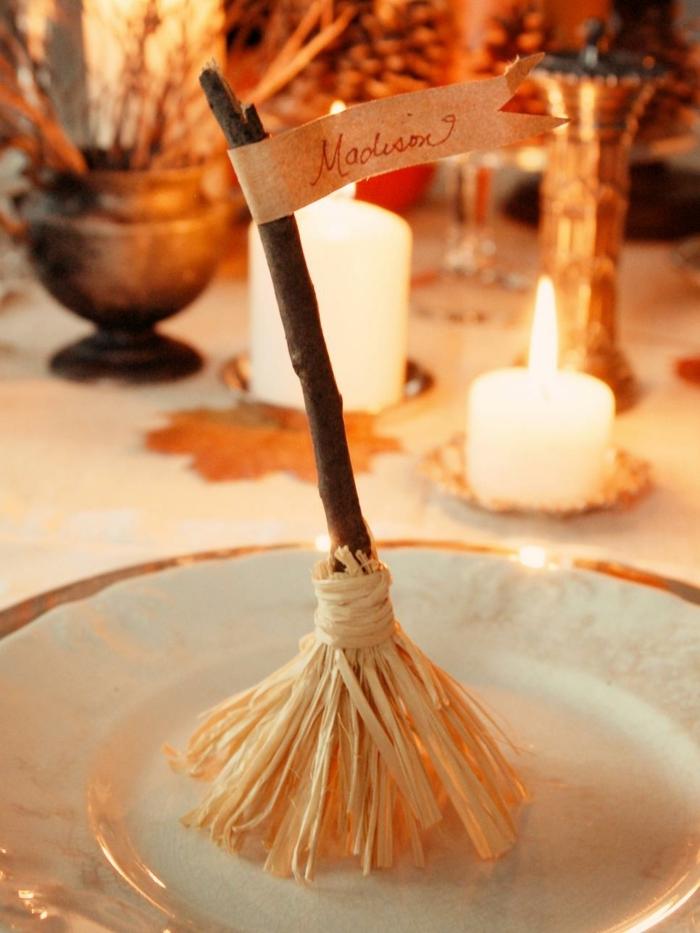 bricolage-halloween-facile-une-deco-table-formidable-qui-va-charmer-vos-invites