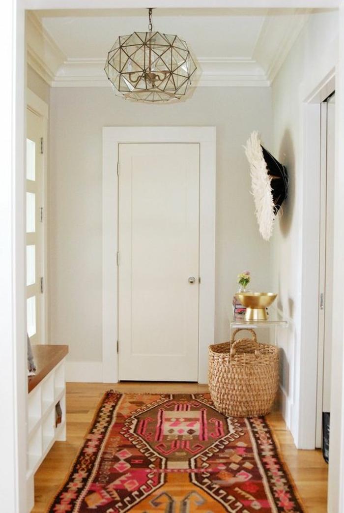 Eclairage couloir plus de 120 photos pour vous - Tapis pour couloir d entree ...