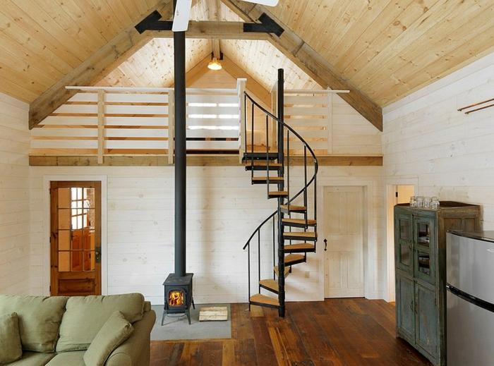 belle-deco-plancher-flottant-parquet-escalier-spirale