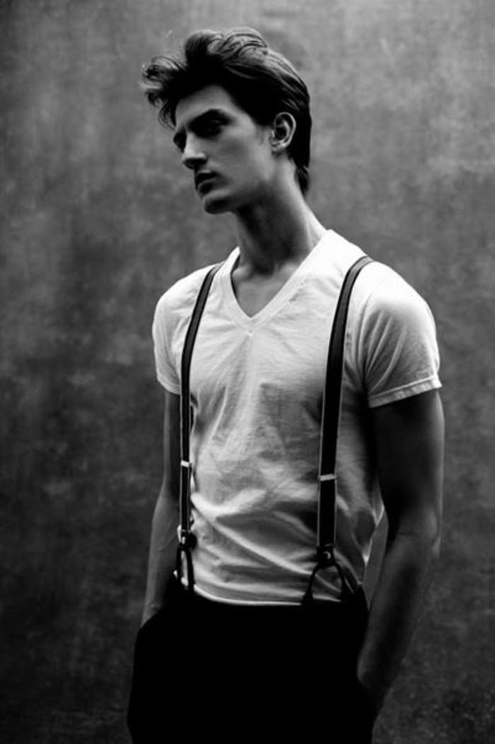 adorable-combinaison-pantalon-avec-bretelle-homme-photo-noir-et-blanc
