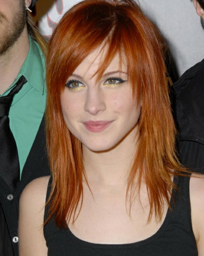 adorable-idee-coupe-de-cheveux-fille-cheveux-roux