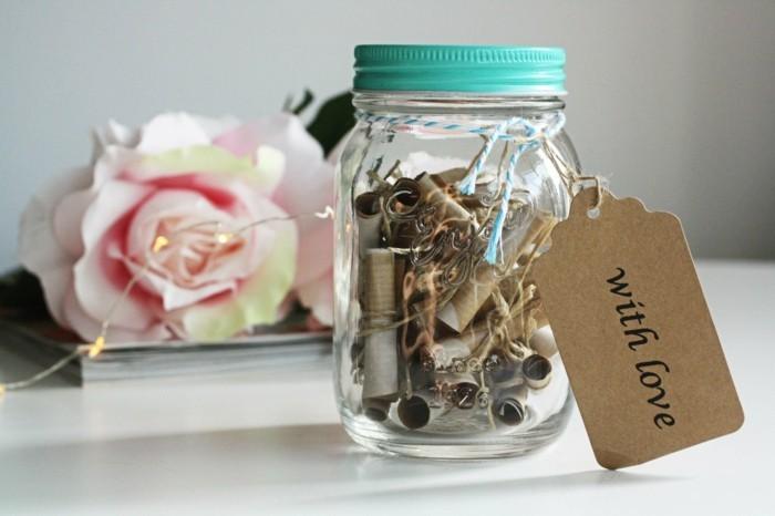 adorable-jar-cadeau-diy-bricolage-st-valentin-faire-a-soi-meme