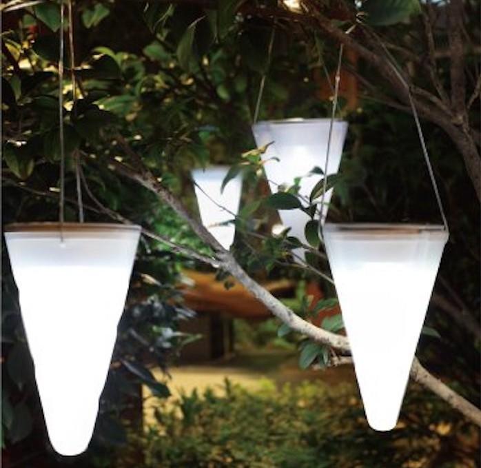 amenagement-jardin-eclairage-exterieur-lanterne-arbre-terrasse