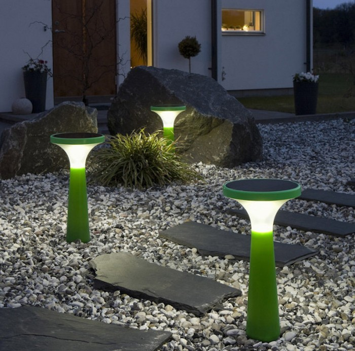 amenager-son-jardin-idee-eclairage-allée