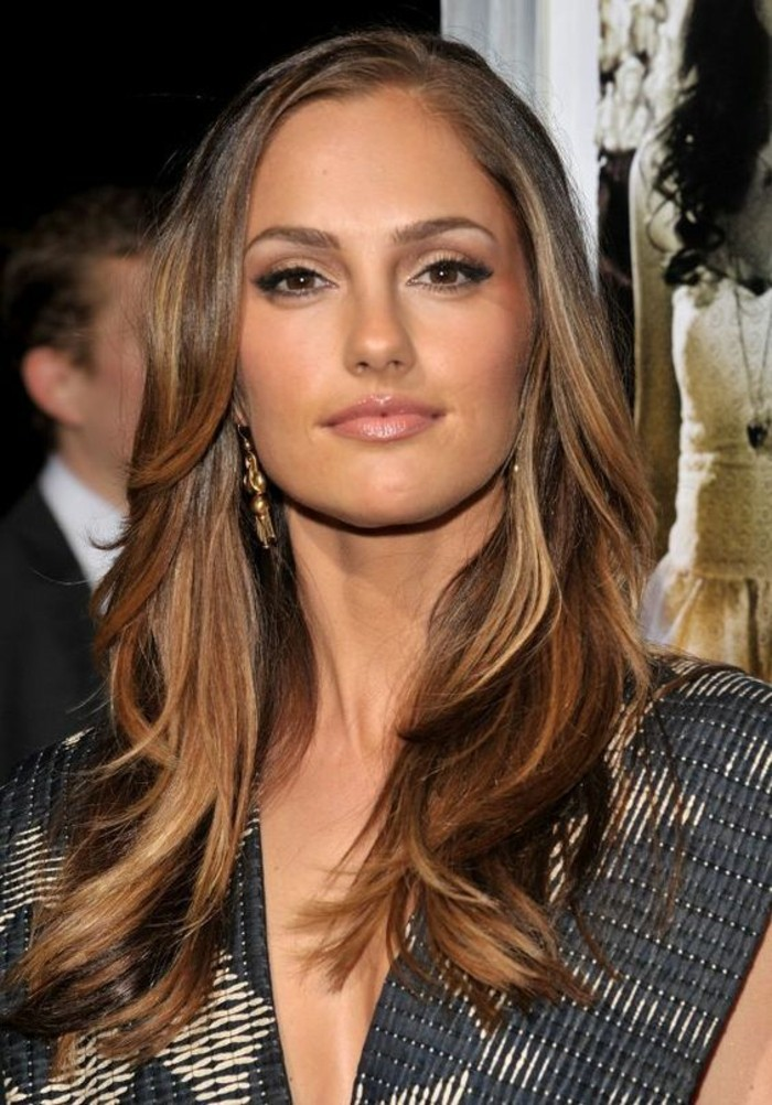 balayage-chatain-clair-sur-cheveux-chatain-fonce-beaute