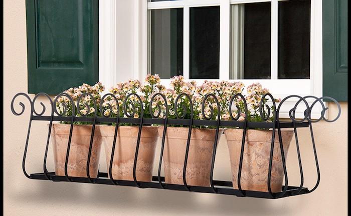 balconniere-plante-tombante-plantes-retombantes-jardiniere-de-balcon