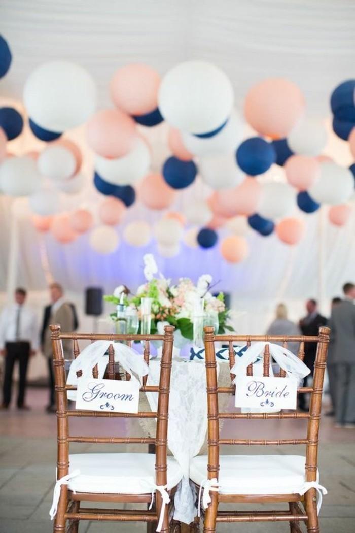 ballon-helium-mariage-deco-mariage-decoballon-salle-de-mariage-avec-ballons-bleus-et-blancs-et-roses