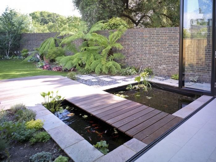 La carpe koi 42 photos de la star des bassins for Bassin design