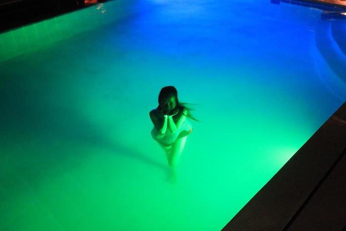 piscine-eclairee-ampoule-led-piscine