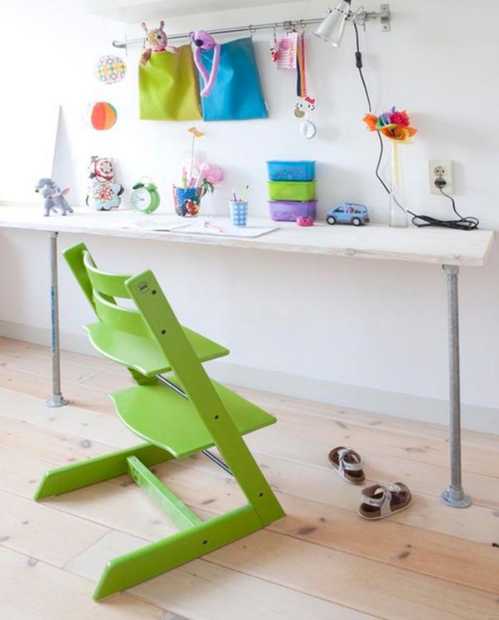 bureau-d-ecolier-bureau-pour-enfant-chaise-originale