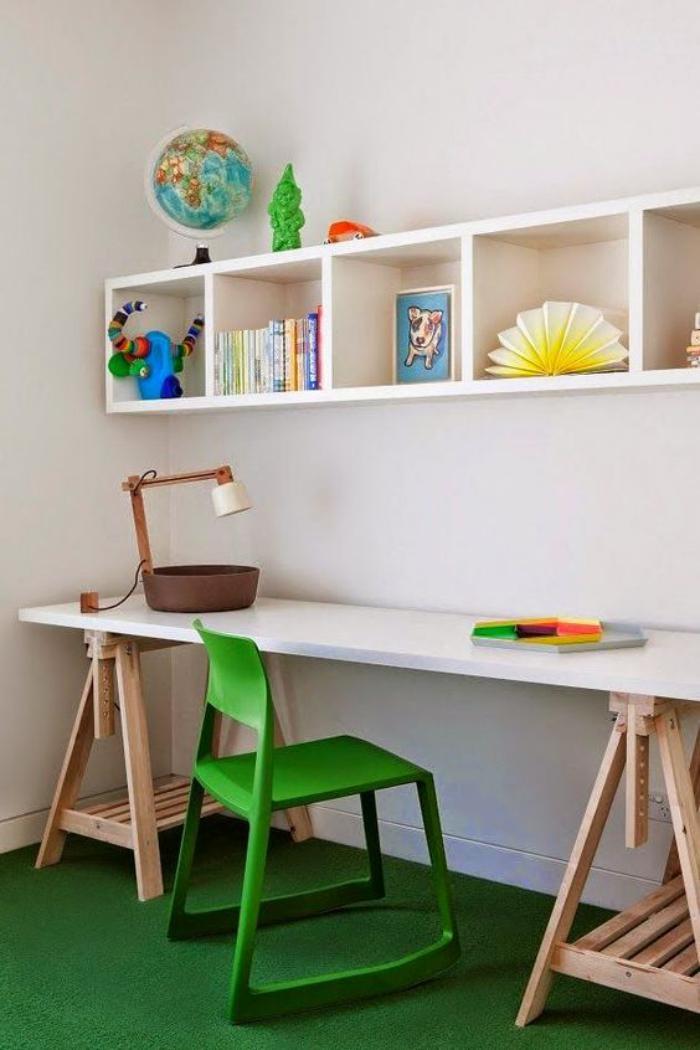 bureau-d-ecolier-petit-bureau-pour-eleve-bureau-d enfant-blanc-et-bois