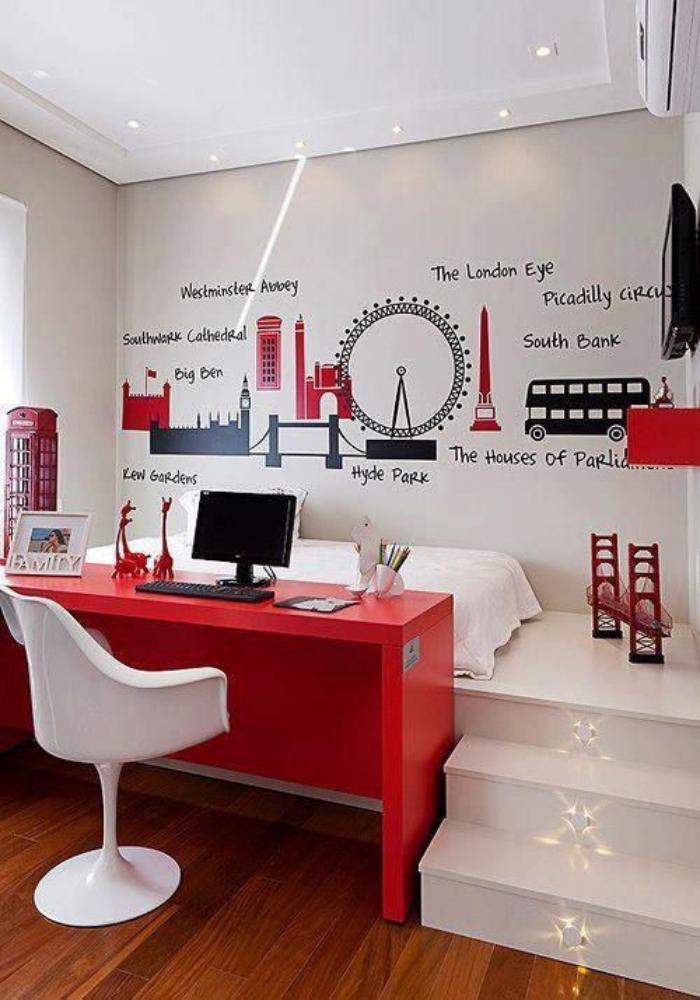 bureau-d-ecolier-rouge-chambre-d enfant-originale