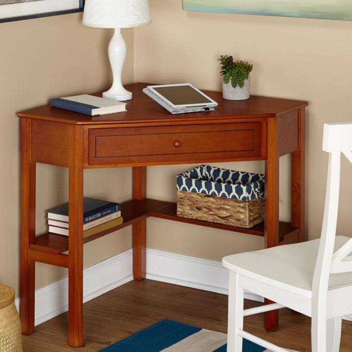 bureau-informatique-d-angle-bureau-bois-d-angle-et-chaise-blanche