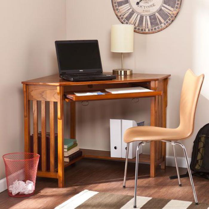bureau-informatique-d-angle-bureau-bois-dangle-chaise-couleur-beige