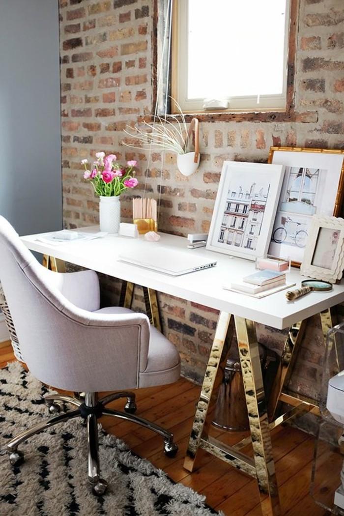 bureau-style-industriel-chaise-blanche