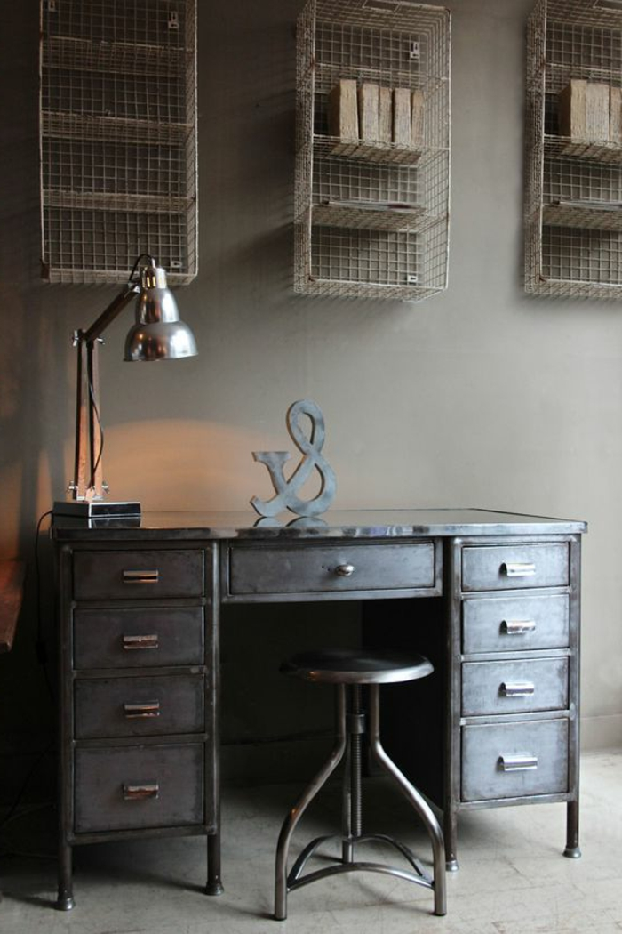 bureau-style-industriel-tiroirs-métalliques