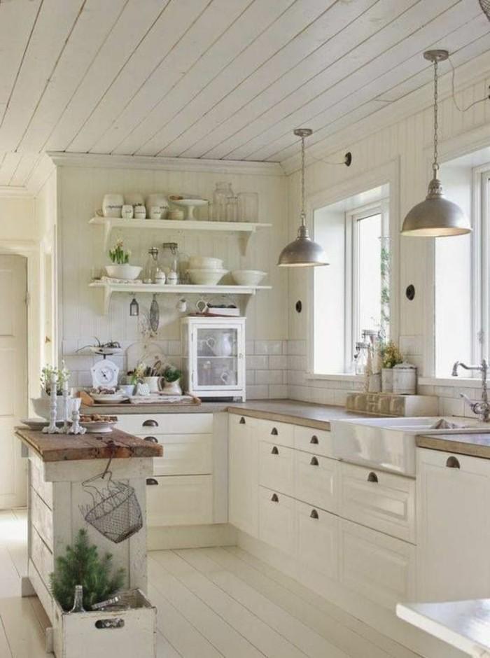 carrelage-blanc-cuisine-évier-deux-lampes