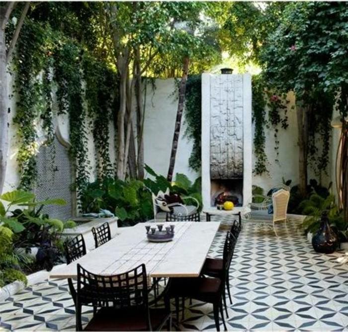 carrelage-blanc-jardin-magnifique-une-grande-table
