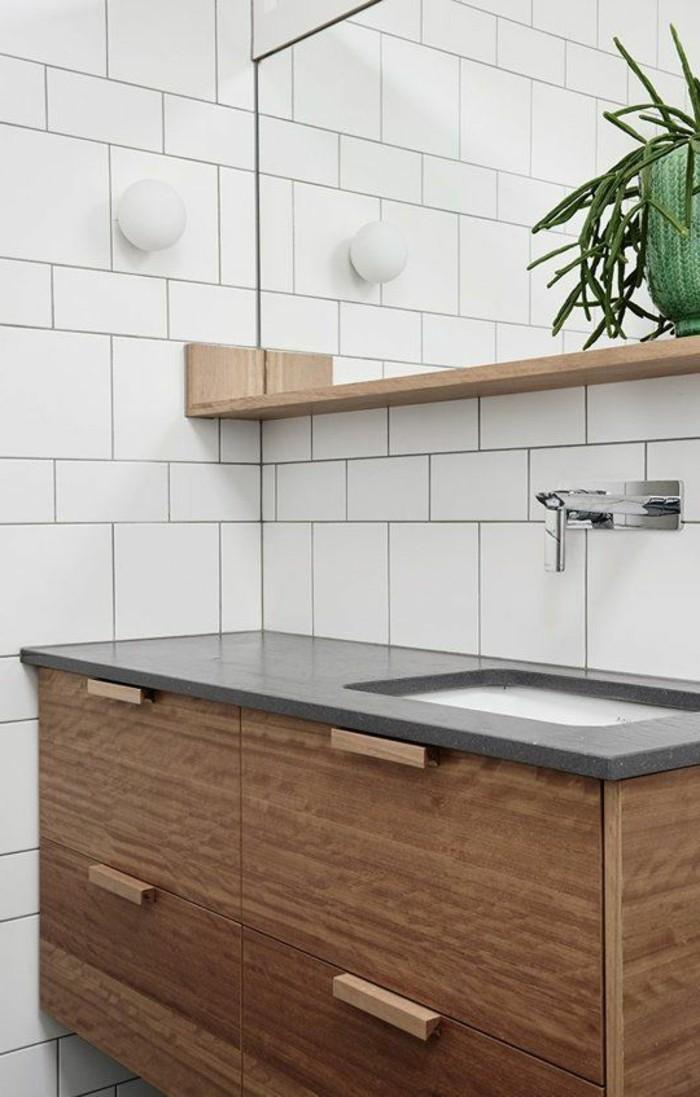 carrelage-blanc-lavabo-armoire-miroir