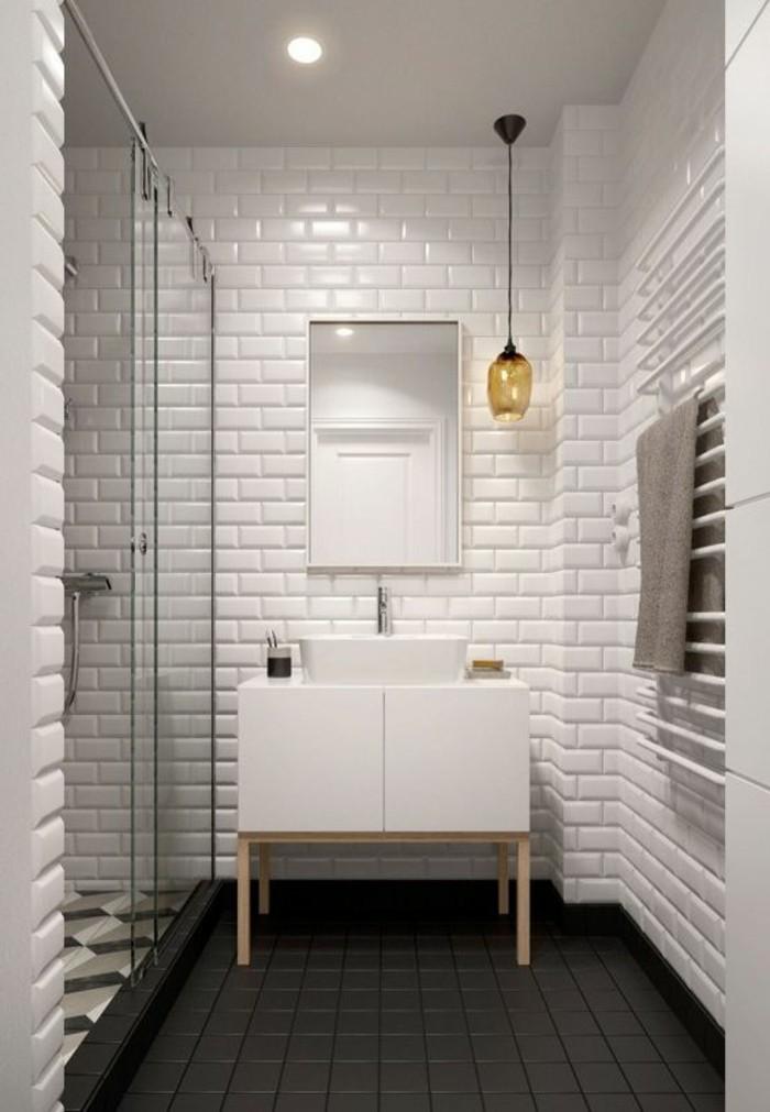 carrelage-blanc-design-simple-salle-de-bain
