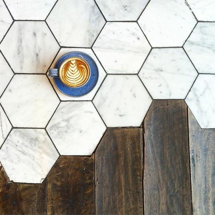 Le carrelage hexagonal une tendance qui fait son grand for Carrelage hexagonal sol