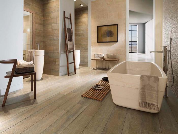 carrelage-imitation-bois-baignoire-a-poser-interieur-minimaliste