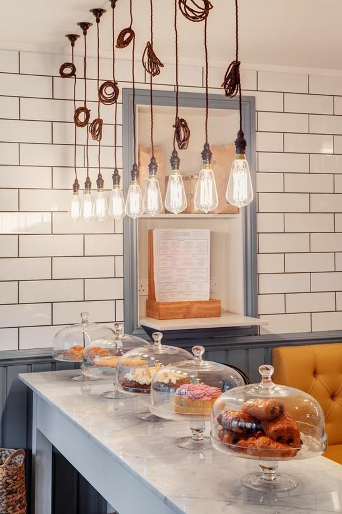 carrelage-metro-blanc-decoration-de-cuisine-originale-en-blanc