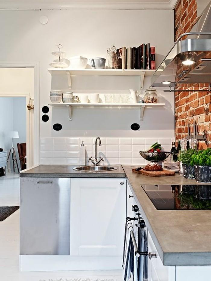 carrelage-metro-blanc-mur-en-briques-meubles-de-cuisine-blancs