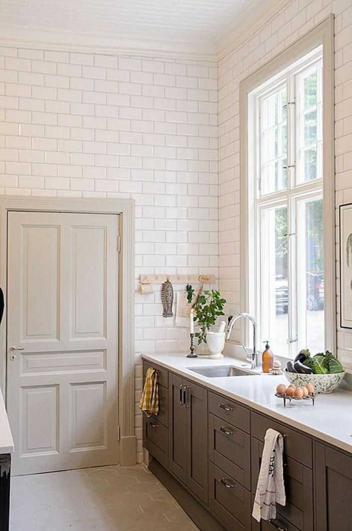 carrelage-metro-blanc-revetement-mural-cuisine