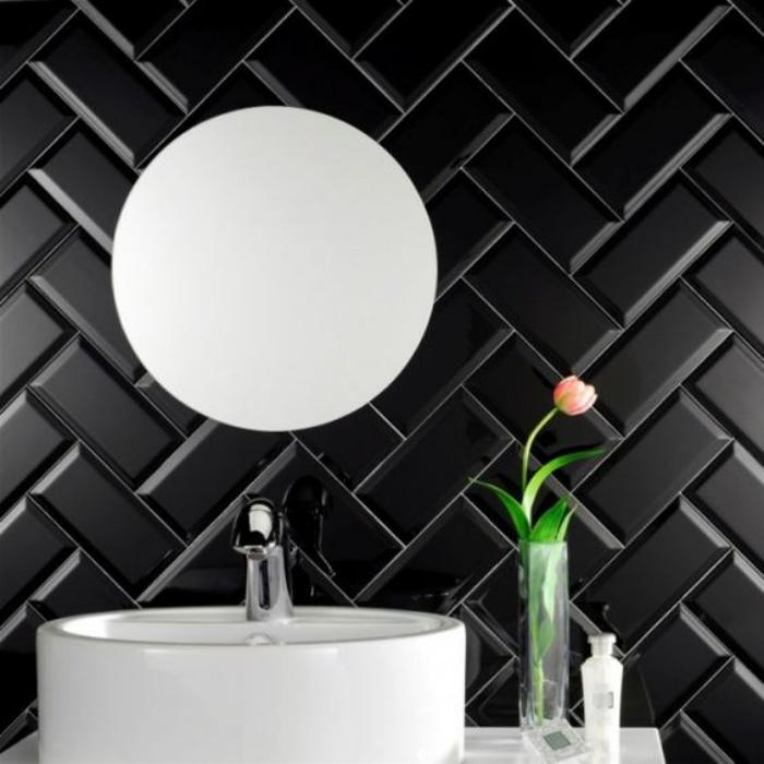carrelage-noir-carreaux-diagonaux-croises
