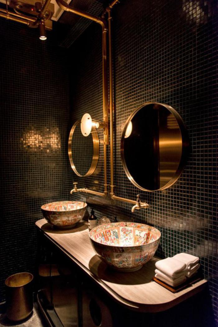 carrelage-noir-mosaique-salle-de-bain-design-luxueux