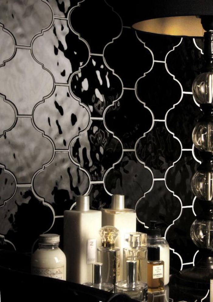 carrelage-noir-mural-pour-la-deco-interieure