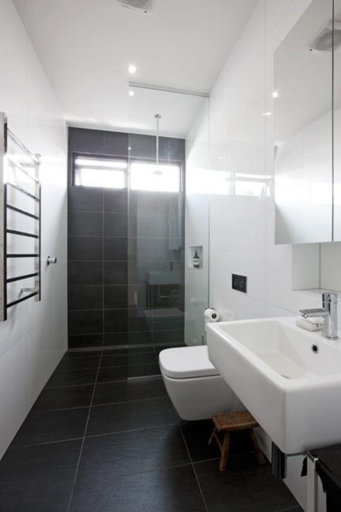 carrelage-noir-salle-de-bain-en-noir-et-blanc
