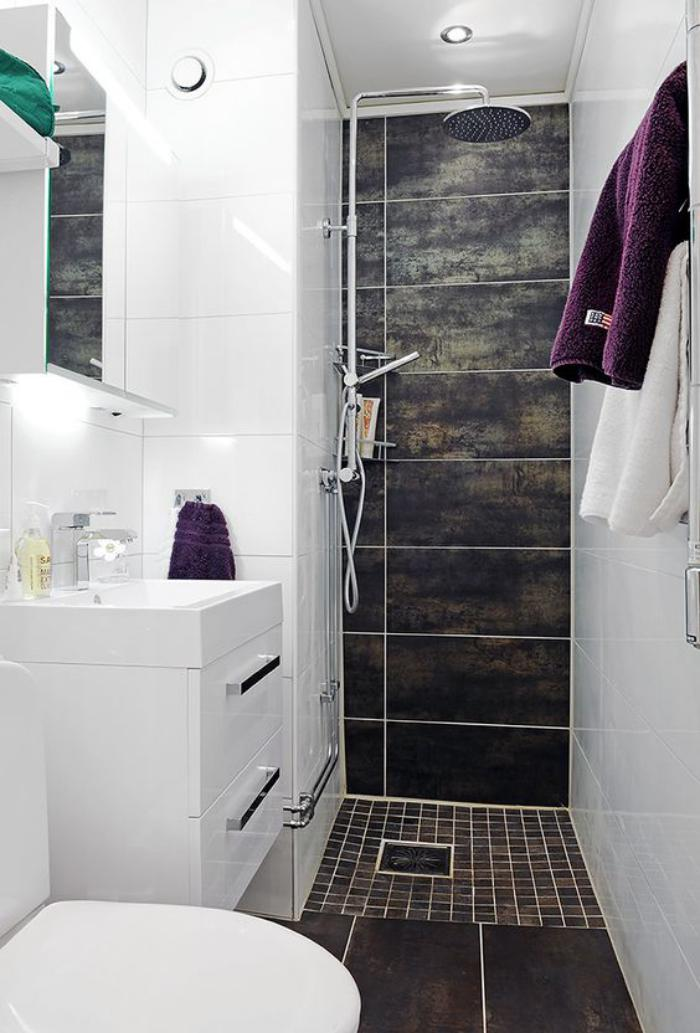 carrelage-noir-salle-de-bain-originale