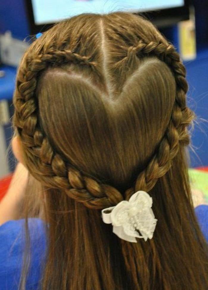 cheveux-tresses-en-coueur-formidable-suggestion-coiffure-fillette-tres-sympa