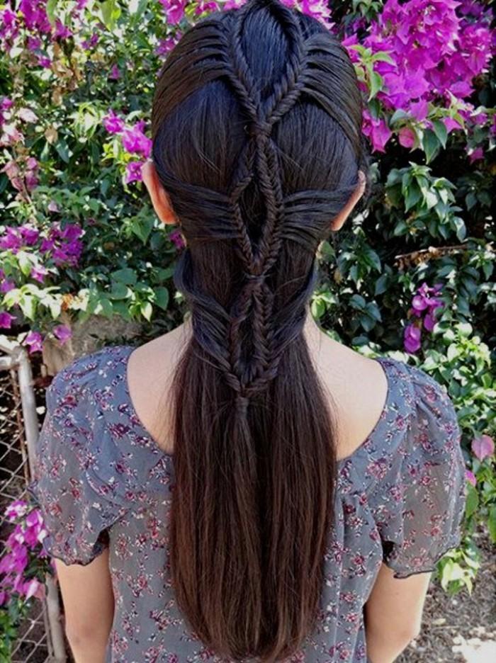 coiffure-avec-tresse-idee-extremement-creative-qui-va-fasciner-vos-amies
