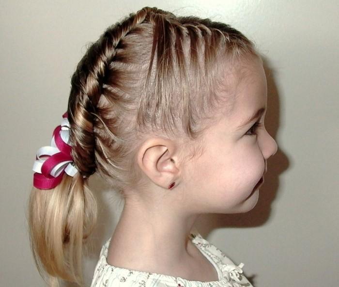 coiffure-fillette-tres-interessante-et-creative