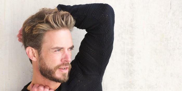 coiffure homme meche blonde