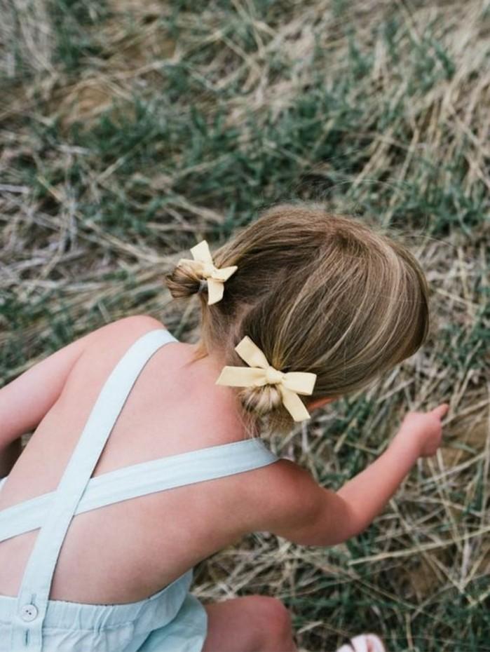 coiffure-petite-fille-macaron-suggestion-tres-sympa-et-pratique-pour-la-petite-princesse