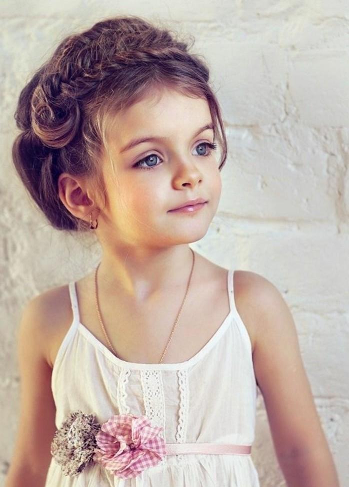 Coiffure Petite Fille 90 Idees Pour Votre Petite Princesse