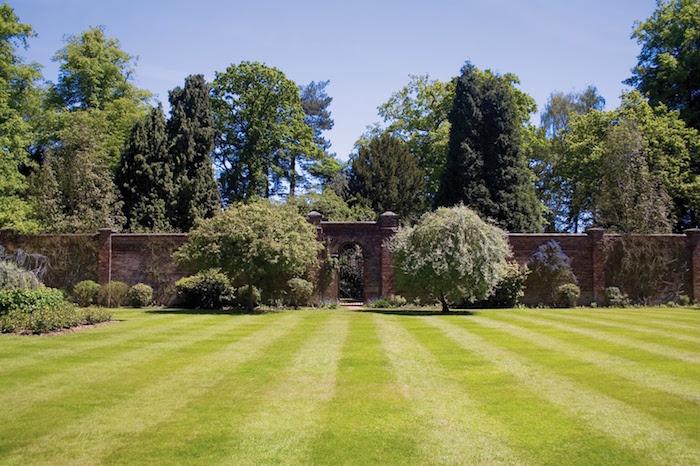 Jardin et gazon anglais optez pour le style so british for Avoir un beau jardin