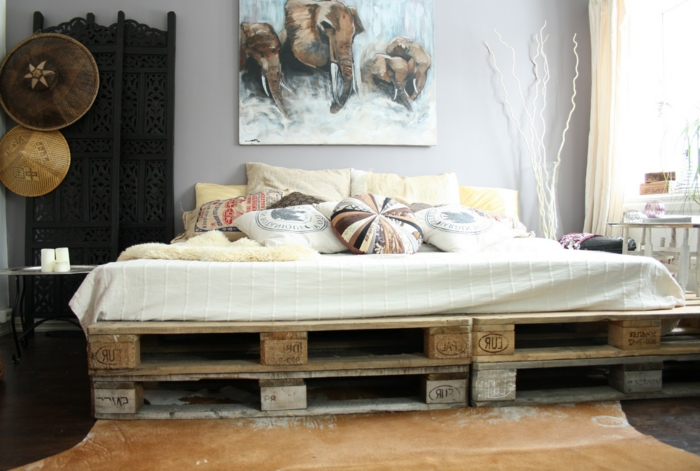 comment-faire-un-lit-en-palette-suggestion-originale-impregnee-d-exotisme